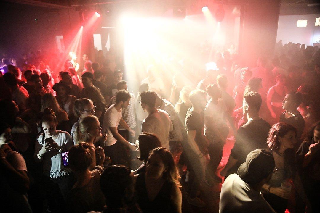 Black-2-Vibes-Nylon-Club-Rottweil-2102017-Bodensee-Community-SEECHAT_DE- (107)