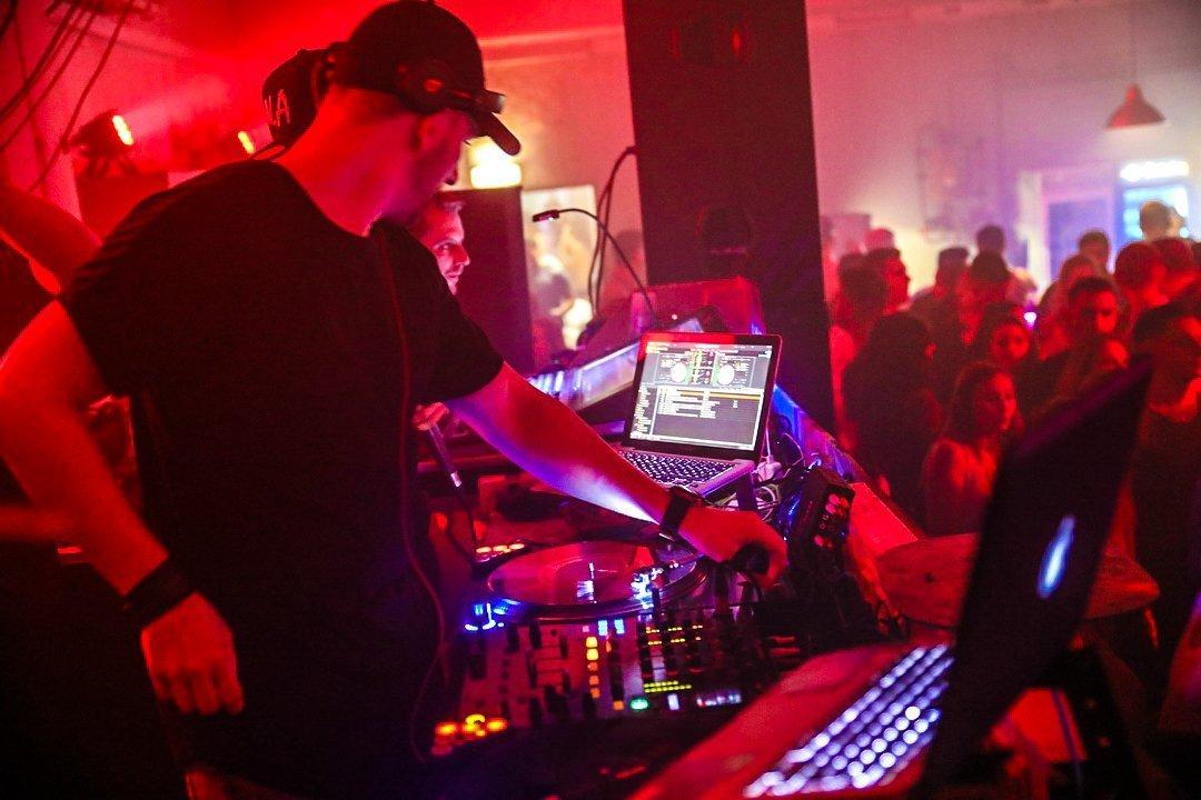 Black-2-Vibes-Nylon-Club-Rottweil-2102017-Bodensee-Community-SEECHAT_DE- (163)