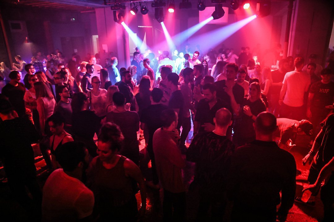 Black-2-Vibes-Nylon-Club-Rottweil-2102017-Bodensee-Community-SEECHAT_DE- (17)