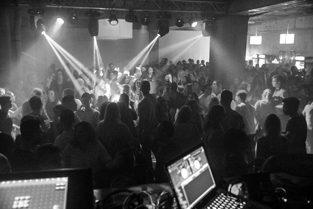 Black-2-Vibes-Nylon-Club-Rottweil-2102017-Bodensee-Community-SEECHAT_DE- (171)