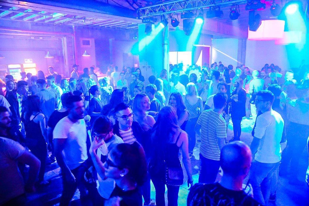 Black-2-Vibes-Nylon-Club-Rottweil-2102017-Bodensee-Community-SEECHAT_DE- (211)