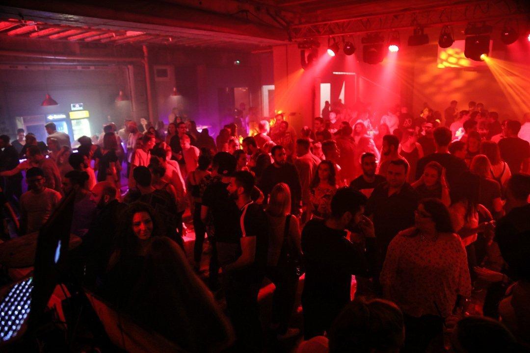 Black-2-Vibes-Nylon-Club-Rottweil-2102017-Bodensee-Community-SEECHAT_DE- (34)