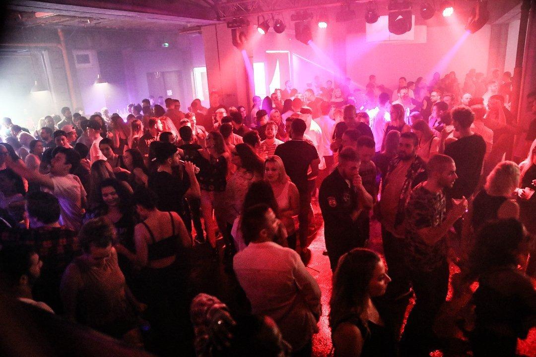 Black-2-Vibes-Nylon-Club-Rottweil-2102017-Bodensee-Community-SEECHAT_DE- (53)
