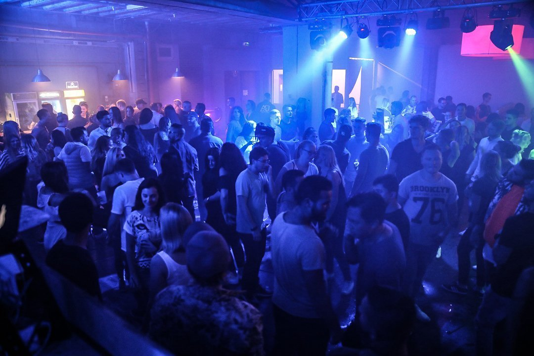 Black-2-Vibes-Nylon-Club-Rottweil-2102017-Bodensee-Community-SEECHAT_DE- (8)