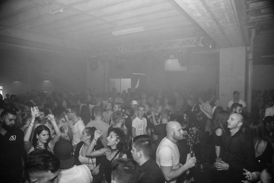 Black-2-Vibes-Nylon-Club-Rottweil-2102017-Bodensee-Community-SEECHAT_DE- (96)